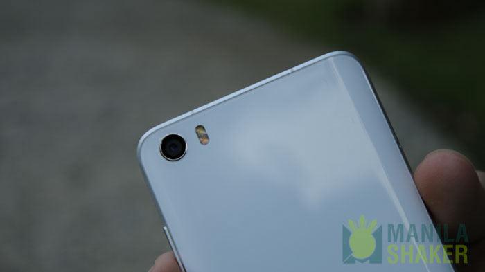Curved Back Galaxy S7 Vs Mi 5 Design Review Comparison Ph 6