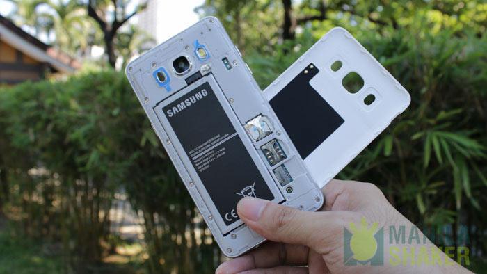 Battery Micro SD Card Slot close up Samsung Galaxy J7 2016 vs Galaxy J5 2016 Full Review Camera Comparison PH 9