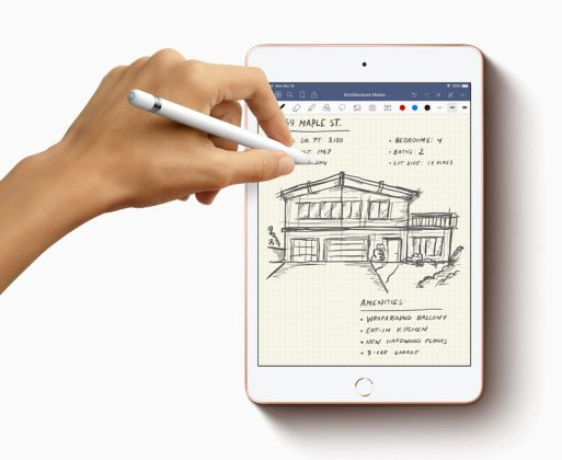 New-iPad-Mini-Apple-Pencil-with-hands-drawing