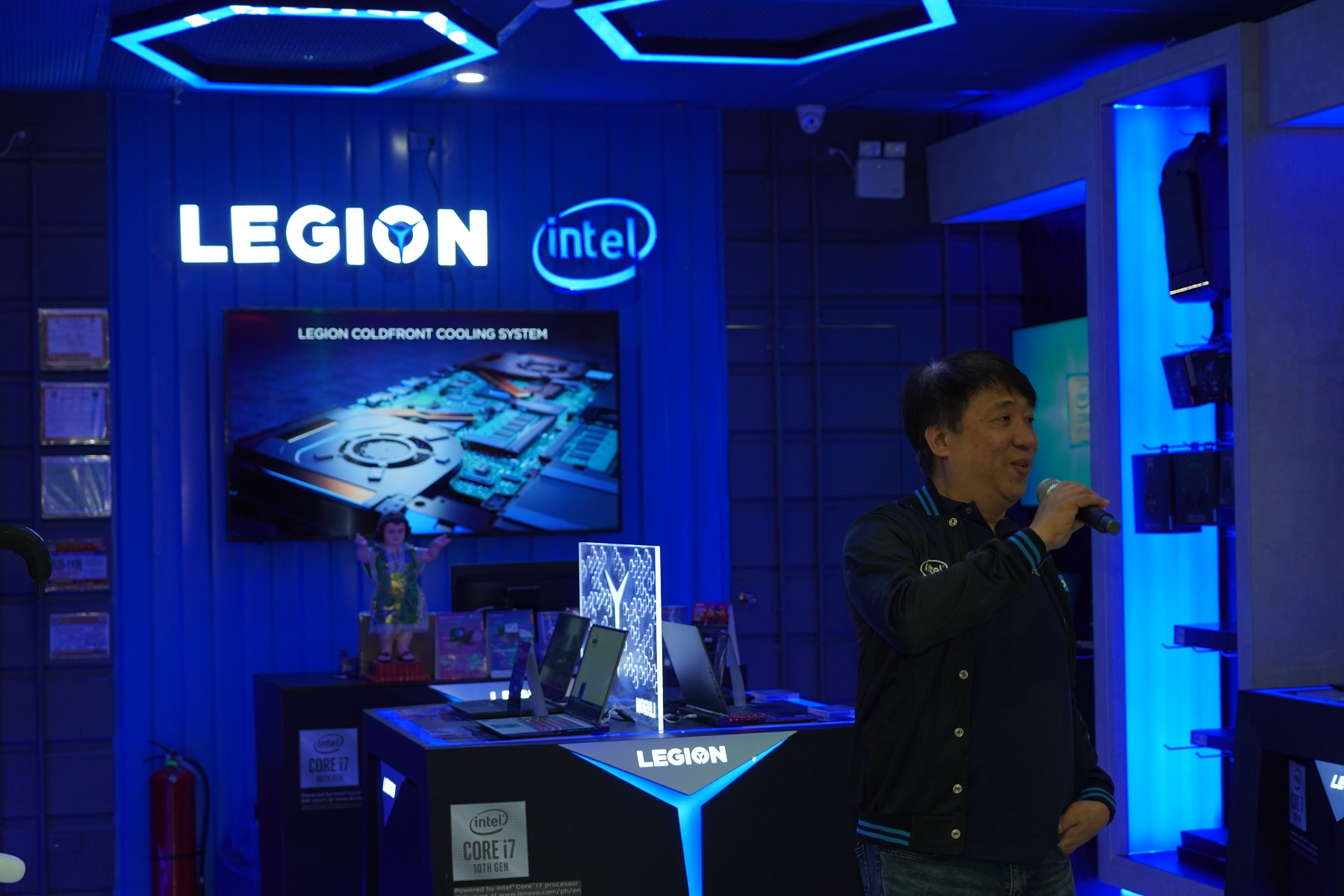 lenovo-legion-store-at-sm-city-clark-now-open