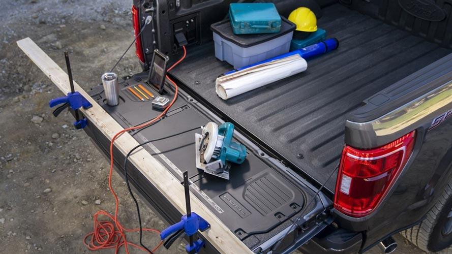 ford-f150-2021-power-socket-ac-model