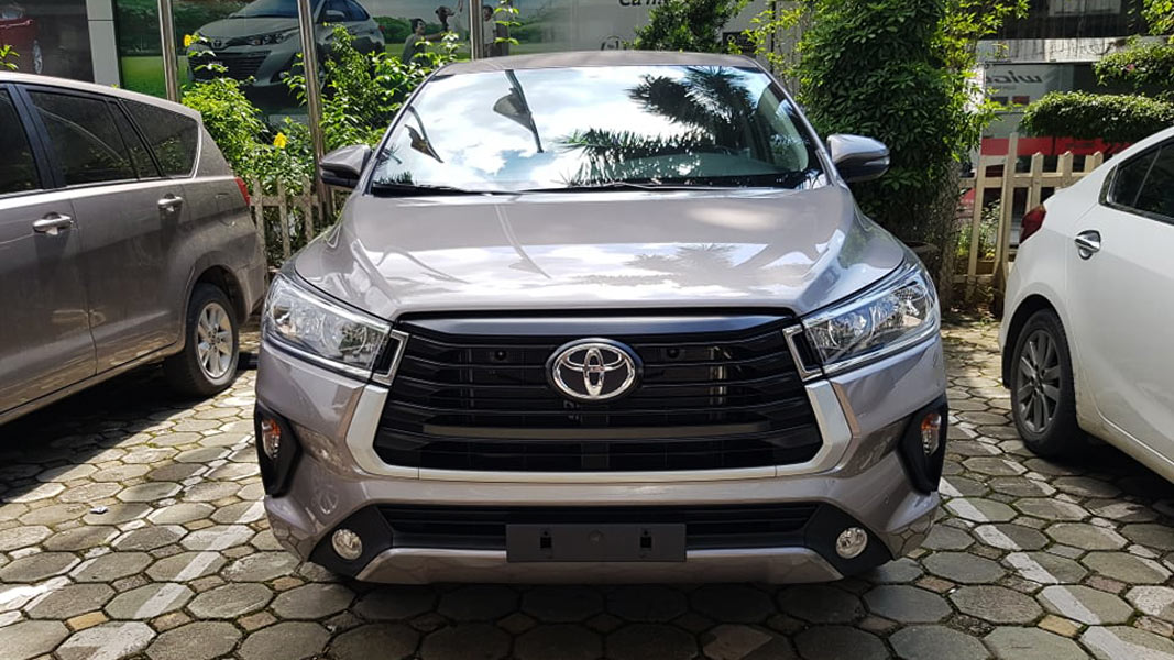 Toyota Innova 2021 real-life photos appeared with updated ...